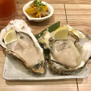 岩牡蠣と真牡蠣の写真・画像素材[1365893]