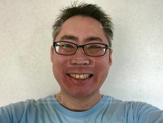 笑顔のメガネのおじさん。の写真・画像素材[1708905]