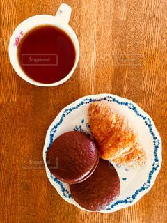 おやつとお紅茶の写真・画像素材[1156182]