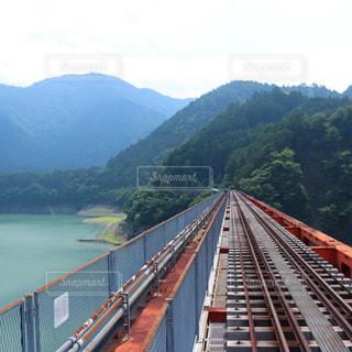 大井川鐵道の奥大井湖上駅です。の写真・画像素材[1330362]