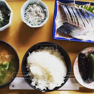 漁港の食事の写真・画像素材[1121237]