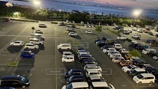 広い駐車場の写真・画像素材[4663828]