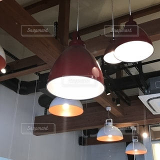 店舗 照明の写真・画像素材[1320244]