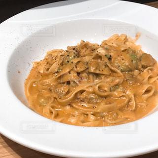 ベーカリー&レストラン 沢村 蟹とアボカドのクリームソースの写真・画像素材[1358843]