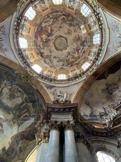 聖ミクラーシュ教会の写真・画像素材[2230802]