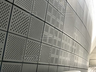 DDP東大門デザインプラザ/ ザハ ハディドの写真・画像素材[2456531]