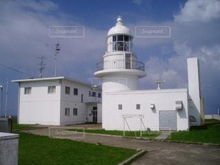 白い灯台の写真・画像素材[1108371]