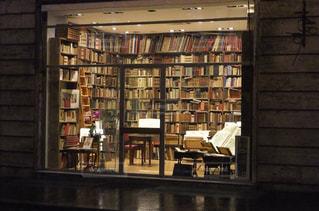 イタリアの本屋の写真・画像素材[1111005]