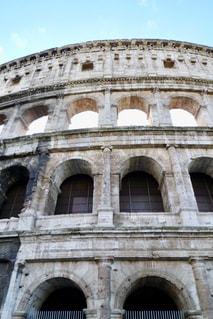 イタリアローマのコロッセオの外壁の写真・画像素材[1129379]