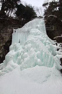 氷結した木曽御嶽山 清滝の写真・画像素材[1129650]