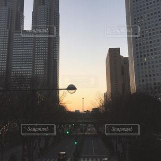 夕暮れの街の写真・画像素材[1115939]