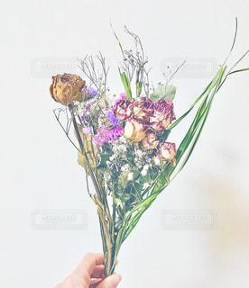 花瓶の花束の写真・画像素材[1807089]