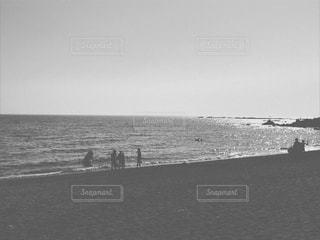 ビーチに人々やカップルの写真・画像素材[1307528]