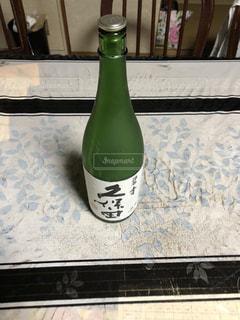 ボトル ・ ワインのガラスの写真・画像素材[1291891]