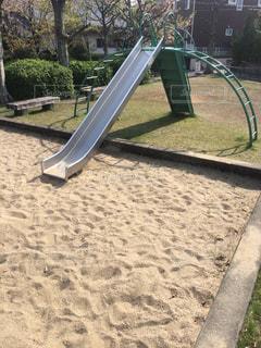 公園のベンチの写真・画像素材[1108735]