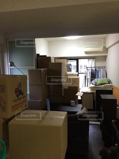 部屋の家具がいっぱい - No.1107283