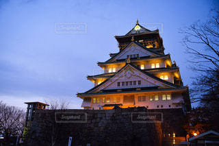 夜の大阪城の写真・画像素材[1122016]