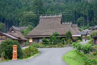 京都府南丹市美山町のかやぶきの里の写真・画像素材[1176849]