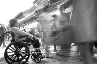 都市の通り乗馬人の写真・画像素材[1192288]