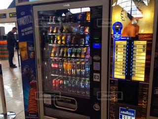 ルーマニアの自動販売機の写真・画像素材[1118247]