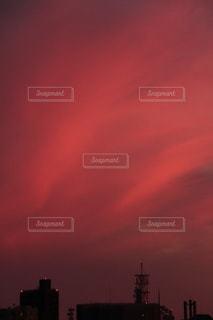 赤いオーロラの写真・画像素材[1484936]
