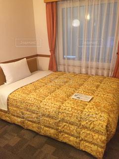 ホテルのベッドの写真・画像素材[1769230]