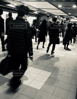 朝の通勤の写真・画像素材[1114985]