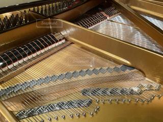 ピアノの中を覗いて見たの写真・画像素材[4186562]
