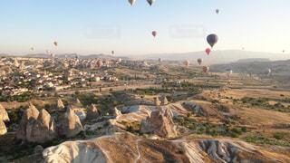 色とりどりの熱気球の写真・画像素材[1118020]