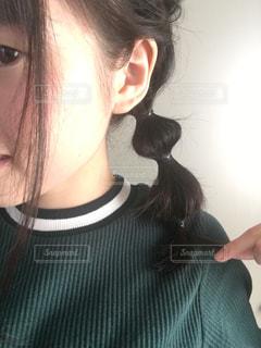 編みおろし玉ねぎヘアアレンジの写真・画像素材[1498413]