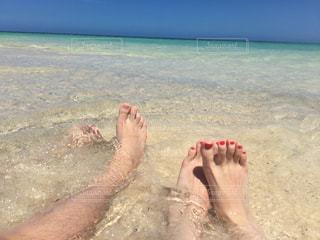 無人島のビーチにての写真・画像素材[1850747]