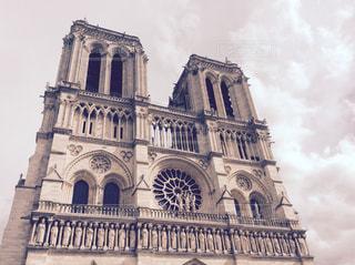 ノートルダム ・ ド ・ パリの写真・画像素材[1121629]