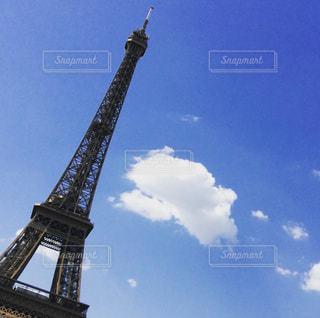 背の高い金属塔の写真・画像素材[1138915]