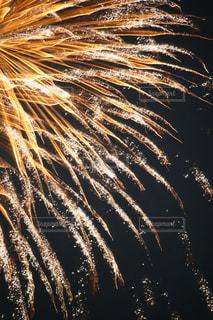 流し花火の写真・画像素材[1180639]