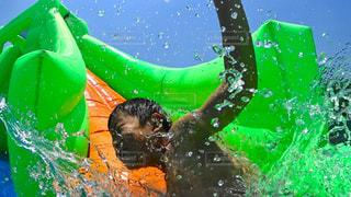 緑と水の水泳 - No.1211963