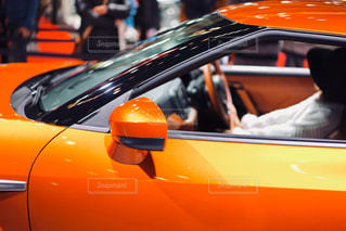 男の車の運転の写真・画像素材[1231741]