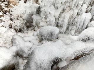 雪の滝の写真・画像素材[2967376]