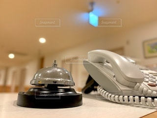 電話機と呼び鈴の写真・画像素材[3456389]