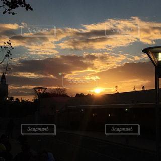 夕暮れ時の景色の写真・画像素材[1119028]