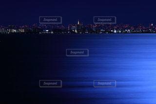 満月の夜の東京湾の写真・画像素材[1122830]