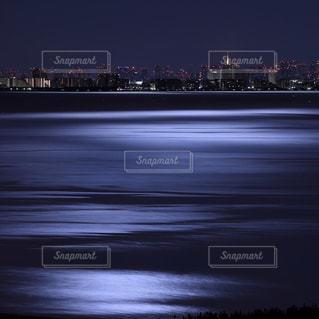 夜の街の景色の写真・画像素材[1127144]