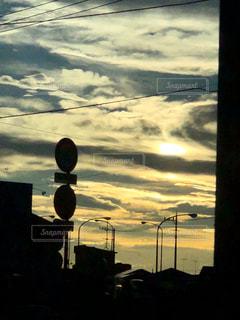 梅雨明けの夕暮れの写真・画像素材[1274109]