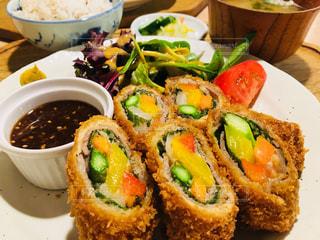 野菜とんかつ定食の写真・画像素材[1148565]