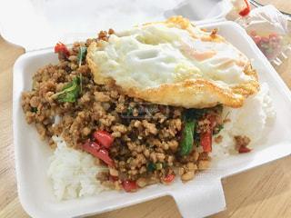 食べ物の皿のクローズアップの写真・画像素材[2109135]