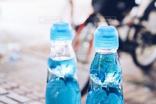 水のボトルの写真・画像素材[1121827]