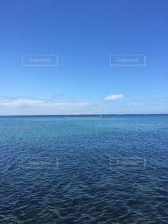 水の大きな体の写真・画像素材[1125124]