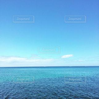 水の大きな体の写真・画像素材[1125125]