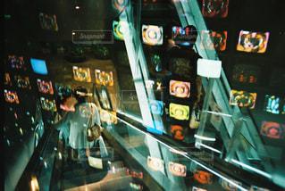 近くにマシンのアップの写真・画像素材[1135067]