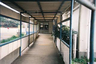 近くに地下鉄の駅のアップの写真・画像素材[1881787]