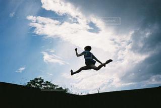 ジャンプ!の写真・画像素材[2381510]